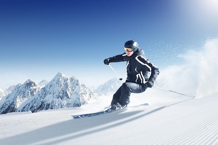 Vestiaire-sportif-dans votre-entreprise-ski-Tim-Sports